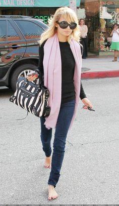 Nicole Richie - casually draped large scarf.