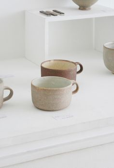 Hasuo Yasuko coffee mugs. ceramic, pottery.