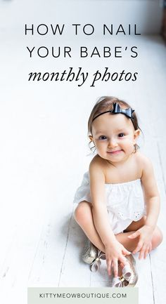 Stop stressing over your babe's monthly photos with these tips and ideas. It took 10 minutes to set up and you can change it up for newborns all the way up to toddler age.