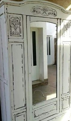 Mueble auxiliar madera decape blanco muebles decape for Roperos antiguos restaurados