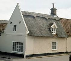 thatched modern face brick houses - Google Search Style At Home, Brick Houses, Cabin, Google Search, House Styles, Building, Modern, Home Decor, House
