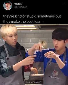 Bts Memes Hilarious, Bts Funny Videos, Namjin, Bts Jin, Bts Jungkook, K Pop Wallpaper, Les Bts, Bts Tweet, Bts Playlist