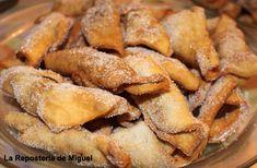 Receta tradicional, especialmente en fechas de Semana Santa y fiestas Navideñas, no concibo ninguna de las dos fiestas sin unos pestiños en la mesa.Re