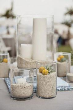 Si vas a celebrar tu boda en la playa y buscas ideas para unos centros de mesa con temática marina, no te pierdas las 9 fotos de centros de mesa para bodas en la playa que te mostramos a continuación: #1 Las estrellas marinas están presentes en muchas bodas decoradas con temática marina gracias a …
