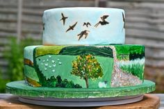 Yorkshire Dales wedding cake with curlews