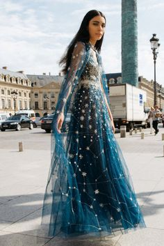 Made-to-Measure and Ready-to-Wear Couture Evening wear. Prom Dresses, Formal Dresses, Wedding Dresses, Beautiful Gowns, Gorgeous Dress, Looks Cool, Dream Dress, Indian Outfits, High Fashion