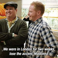 """Community Post: 20 Reasons """"Modern Family's"""" Cameron Tucker Is A Total Gem"""