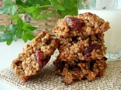High protein recipe for Cyclists on the go: healthy breakfast cookies