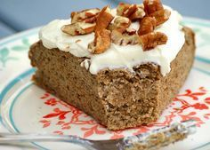 Kristy shares a delicious healthy breakfast - and yes, you CAN eat cake for breakfast! You'll want to make this Banana Buckwheat Breakfast Cake ASAP - especially with delicious toppings like peanut butter and healthy cream cheese frosting Low Sugar Recipes, Wheat Free Recipes, Dairy Free Recipes, Sweet Recipes, Keto Recipes, Healthy Recipes, Breakfast Cake, Breakfast Recipes, Brunch Recipes