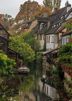 Colmar a truly beautiful city overall - Architecture and Historic Places - Buildings - Amazing Travel Photography and Sightseeing Destinations Nature Aesthetic, Travel Aesthetic, Places To Travel, Places To See, Beautiful World, Beautiful Places, Photos Voyages, Pretty Pictures, Countryside