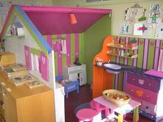 Dramatic play area created with two half walls. #prek #kindergarten