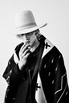 was shot by Billy Kidd. Mode Masculine, Outfits With Hats, Cool Outfits, Modern Mens Fashion, Men's Fashion, Bohemian Fashion, Billy Kidd, Southwest Style, Cool Costumes