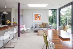 Rear Extension: modern Dining room by Nic Antony Architects Ltd Kitchen Extension With Pillar, Modern Family, Home And Family, Family Room, London Home Decor, Small Open Plan Kitchens, Modern Patio Doors, Indoor Outdoor Kitchen, 1960s House