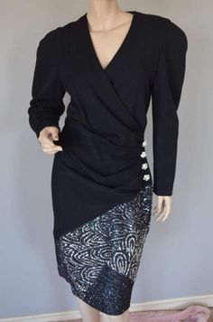 Gorgeous After Five by Julie Duroche Black Wool Huge by luvkitsch Silver Skirt, Black Glitter, Black Wool, Vintage Dresses, Vintage Clothing, Vintage Outfits, Dress Making, Swirls, Lace Skirt