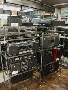 2004年と2005年のラジオ・ラジカセミニ博物館