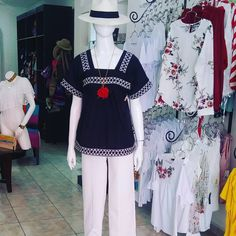 Labor, Outfits, Instagram, Dresses, Fashion, Ladies Capes, Folklore, Suits, Traditional Dresses