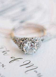rounded shaped diamond vintage wedding engagement rings