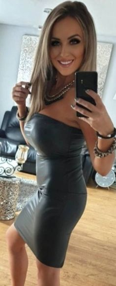 Tight Dresses, Sexy Dresses, Classy Outfits, Sexy Outfits, Black Leather Dresses, Chic Dress, Gorgeous Women, Beautiful, Girl Fashion