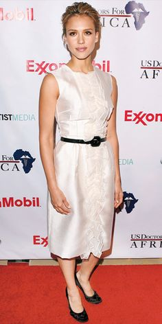 e722f74c56fe Jessica Alba  Her 10 Best Red Carpet Looks Ever! - In Dolce  amp