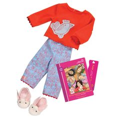 Our Generation Willow - Read & Play Set. Stay cosy when it's time for a sleep over. This set is a great fit for sleepy and giggly friends Our Generation Doll Clothes, Poupées Our Generation, Ropa American Girl, American Girl Crafts, Girl Doll Clothes, Girl Dolls, Sleepover Outfit, Og Dolls, Ag Clothing