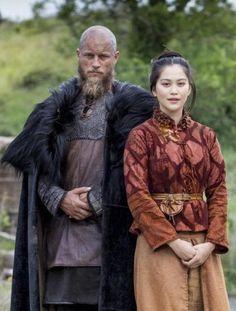Dianne Doan as Yidu in Vikings - People of Color in European Art History Vikings Show, Vikings Tv, Vikings 2016, Ragnar Lothbrok Vikings, Lagertha, Dianne Doan, Viking Series, Viking Clothing, Medieval