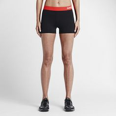 Nike Pro 7.5cm Hypercool Compression Women's Training Shorts. Nike.com (SE)