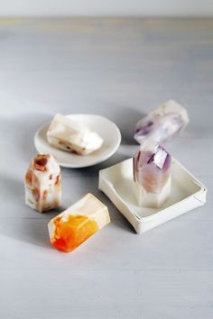 How awesome are these DIY Semi Precious Stone Soaps?!