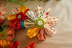 Roxs world of quilts: How to make a kanzashi flower