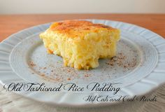 Old Fashioned Rice Pudding Recipe Pure comfort food and SO delicious! Perfect for Sunday dinner! Old Fashioned Rice Pudding Recipe from Hot Eats and Cool Reads Creamiest Rice Pudding Recipe, Rice Pudding Recipes, Creamy Rice Pudding, Rice Puddings, Rice Recipes, Rice Custard, Easy Recipes, Custard Pies, Tapioca Pudding