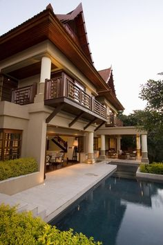 Asian Inspired House Plans New House Cochrane by Metropole Architects Modern Thai House Thai House, Asian House, Style At Home, Facade Design, House Design, Japanese Style House, Thai Design, Casa Loft, Asian Home Decor
