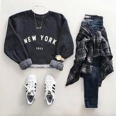 Ga Lee Na 가 이 나's «[K]Fashion» #fashion #korea #kfashion #grunge #black #pastel #cute #pink #street #wear #ulzzang #japan #korean #kpop #aesthetic #pale #denim #tumblr