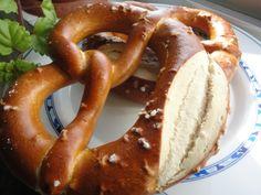Bretzel Ver receta: http://www.mis-recetas.org/recetas/show/65791-bretzel