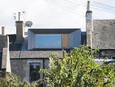 Extension on a listed building and in conservation area. Zinc-clad loft extension by Konishi Gaffney creates an extra bedroom Loft Dormer, Dormer Loft Conversion, Dormer Roof, Dormer Windows, Loft Conversions, Extension Veranda, House Extension Design, Roof Extension, Metal Cladding