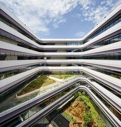 Singapore University of Technology & Design | UNStudio; Photo © Hufton+Crow | Bustler