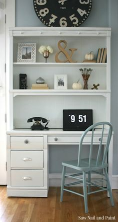Lexington Desk and Hutch in Cloud White