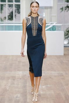 Julien Macdonald Spring 2015 Ready-to-Wear