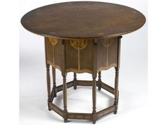 Mackay Hugh Baillie Scott (British, Stained Wood Table with Fruitwood Veneer Inlays. Arts And Crafts Furniture, Art Deco Furniture, Antique Furniture, Furniture Design, Craftsman Style Furniture, Art And Craft Design, Art Nouveau Jewelry, Victorian Art, Arts And Crafts Movement
