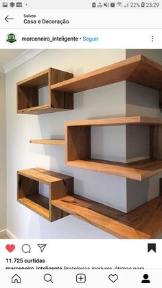 DIY Brilliant Corner Shelves Ideas to Decorating Your Awkward Corner is part of diy home decor Videos Kitchen - Lots of homes have corners They are small for a chair or dresser but awkward if left empty Corner Shelf Design, Diy Corner Shelf, Bookshelf Design, Wall Shelves Design, Corner Wall Shelves, Bookshelf Ideas, Diy Furniture, Furniture Design, Diy Home Decor