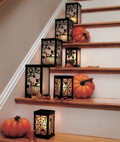 35 Cozy Fall Staircase Décor Ideas - DigsDigs
