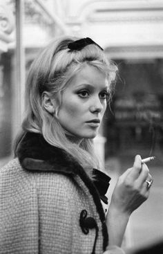 "cinemarhplus:  Catherine Deneuve on the set of""Les parapluies de Cherbourg"""