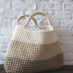 Lisa Craft Knits — One day i will learn #crochet #baglove #ombre...