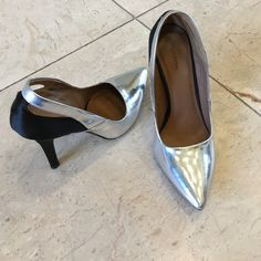 """Great Silver and black pumps In great condition. No damages. 4"""" heels.  Zigi Soho Shoes Heels"""