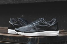Nike Lunar Flow LSR Premium in Black   White 8089aa786