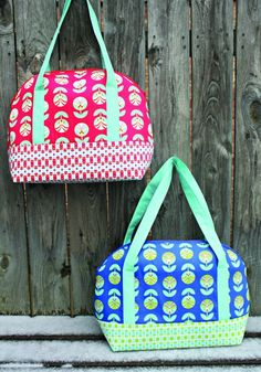Aeroplane Bag pattern by Sew Sweetness (Sara Lawson) | a really roomy yet not too oversized bag
