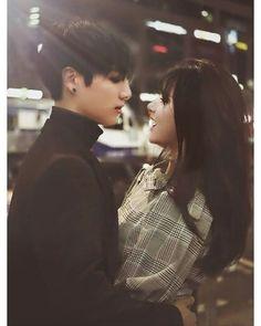 """My princess"" Eunha Y Jungkook - Especial para ti? Foto Jungkook, Jungkook Fanart, Kpop Couples, Cute Couples, My Princess, Gfriend And Bts, Bts Girlfriends, Kpop Girl Bands, Autumn Instagram"