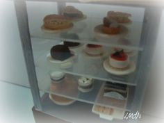DIY fake food and furniture - cafè cake's counter ☕