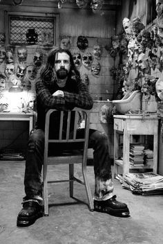 Rob Zombie (American horror gore film director: House of 1000 Corpses The Devil's Rejects Halloween Halloween II The Lords of Salem Rob Zombie, Zombie Rules, Zombie Man, Zombie Movies, Scary Movies, Horror Movies, Pop Punk, Death Metal, Dark Beauty