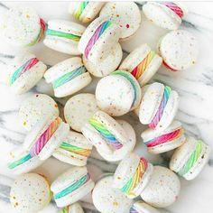 (notitle) - Food and drinks - Macaron Macaroon Recipes, Dessert Recipes, Cute Food, Yummy Food, Kreative Desserts, Cute Baking, Macaron Cookies, Donut Cupcakes, Macaroon Cake