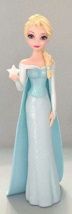 Adorno para torta de  Elsa frozen en porcelana fria