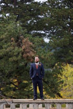 Grooms know that everyone is watching the Bride... But Grooms, did you know, all the Bride is watching is you??  Thank you Drake and CO Photo+Films for this great shot! . . . . . #destinationwedding #weddinginspo #weddingdetails #mountainwedding #rockymountainwedding #mountainweddings #wildbasinlodge #outdoorceremony #outdoorwedding #rockiemountainwedding #weddingceremony #wildbasinlodgewedding #weddings #coloradomountainweddingvenue #coloradomountainwedding
